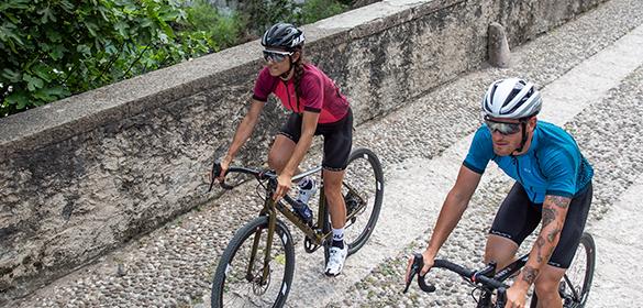 UYN Pyöräilyvaatteet